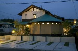 i-House夜景